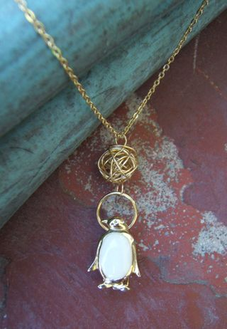 Penguin wire ball necklace