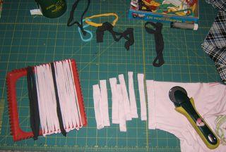 Cut t-shirt loops