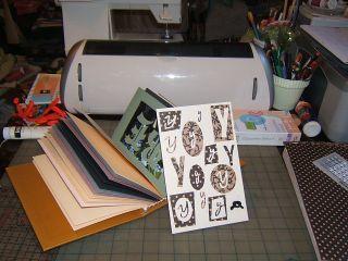 Card album y knot cricut