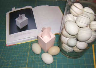 Round tab top box template egg