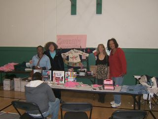 Volunteers at ihs swap