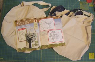 How to decorate tote bag