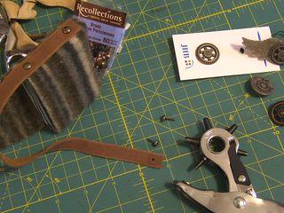 Jhb steampunk button tote