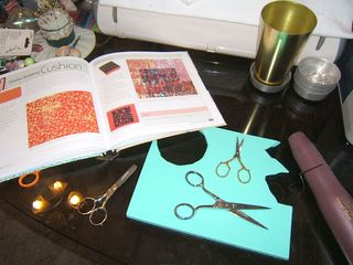 How to make scissor stamp outline