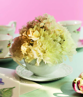 Teacup_arrangement