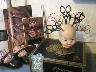 Doll head scissor holder how to