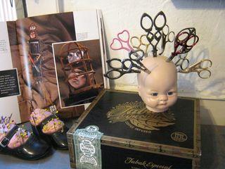Doll head scissor holder how to