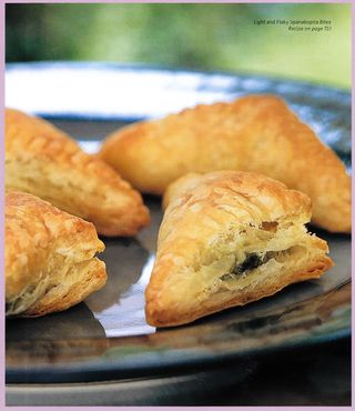 Recipe for healthy spanokopita pastries