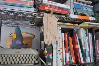 Shelf_books