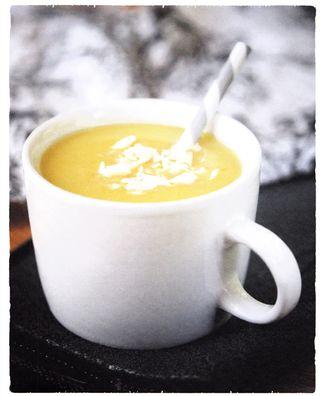 White chocolate amaretto hot cocoa