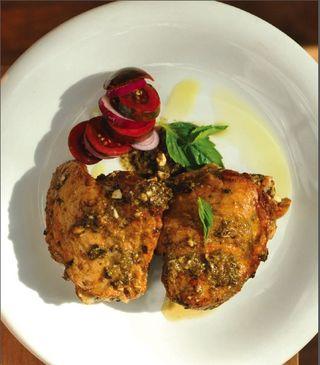 Paleo slow cooker chicken pesto recipe