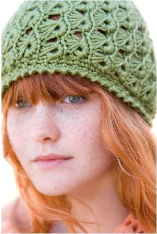 Crochet hat pattern broomstick lace