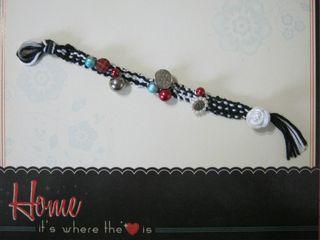 Kumihimo_bracelet_with_beads