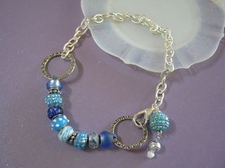 How to make knotted jewelry