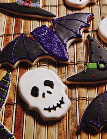 Skull-cookie-bat-cookie-Halloween
