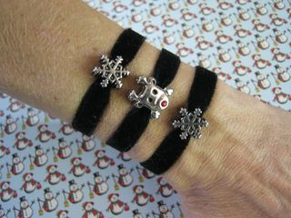 Christmas-stretch-velvet-bracelets