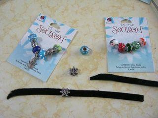 Prima-bead-Christmas-beads