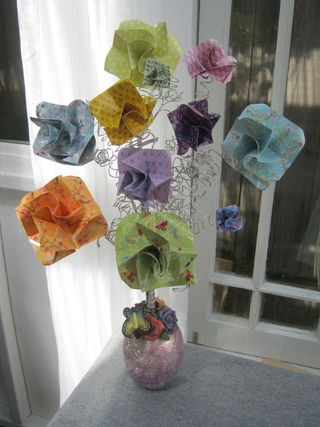 Origami-flower-spring-decoration