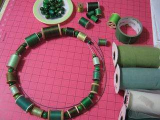 How-to-make-thread-spool-wreath
