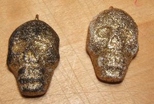 Gold_polymer_clay_skulls
