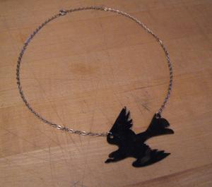 Raven_necklace_stefanie_girard