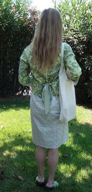Back_greeen_dress