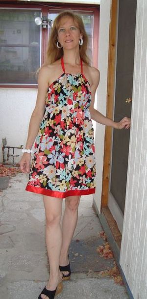 Red_trim_floral_dress