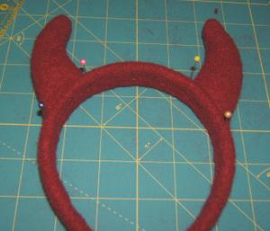 Devil_horn_headband_2